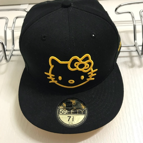661c15664 Black & Yellow New Era Hello Kitty 7 3/8 Hat